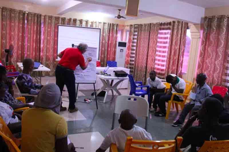 Persone riunite nel progetto Disabilità e Start-up
