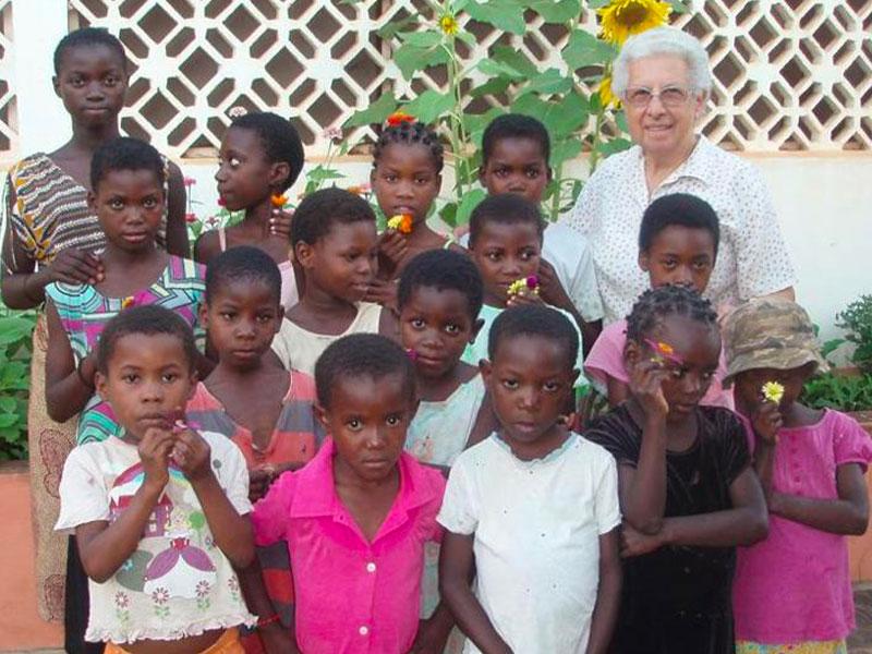 Bambine e ragazze del progetto a Nampula